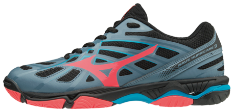 Mizuno Wave Hurricane 3 woman
